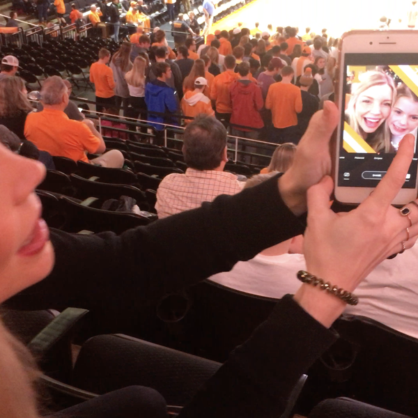 Hoops Hype Tennessee Selfie Cam 2
